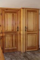 vchody do pokojů